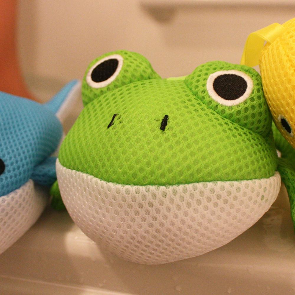 カエルがいっぱい。